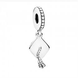 Charm Pandora Birrete791892