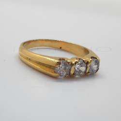 Tresillo Oro Circonitas Cuatro GarrasP005505729